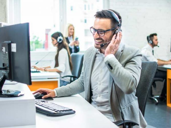 The Right Way to Outsource Customer Support Services