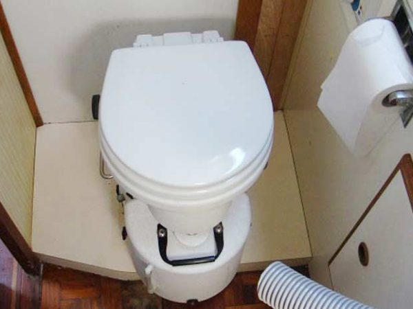 How To Clean Rv Toilet?